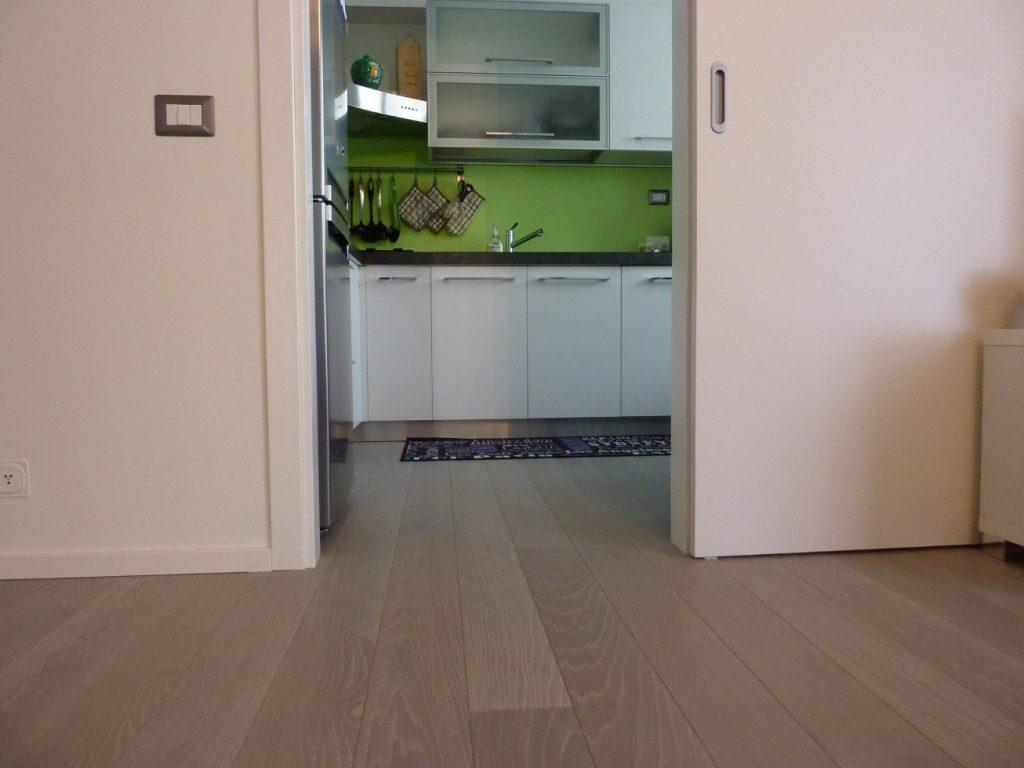 Listone di Rovere Prefinito e Verniciato - Cucina - linea legno parquet